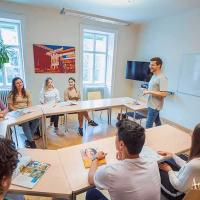 Small and international groups provide an ideal atmosphere for successful language learning