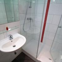 In the Superior apartment our guests benefit from a private bathroom ...