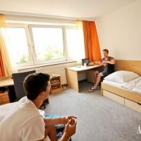 ... as well as shared rooms in the Student House
