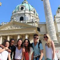 Take part in a guided tour trough Vienna