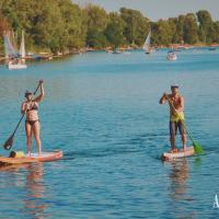 Explore the surroundings on the Stand-Up-Paddle boards