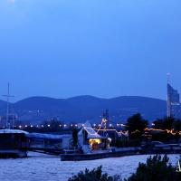 Enjoy Vienna´s sunsets at one of the beach bars next to the Danube River