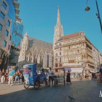 One of Vienna's most famous attractions: the St. Stephans cathedral, ...